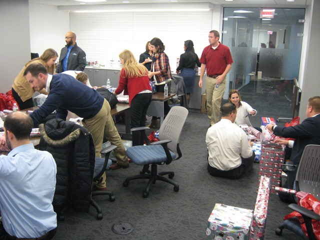 NAIOP Northern Virginia DL Gift Wrapping